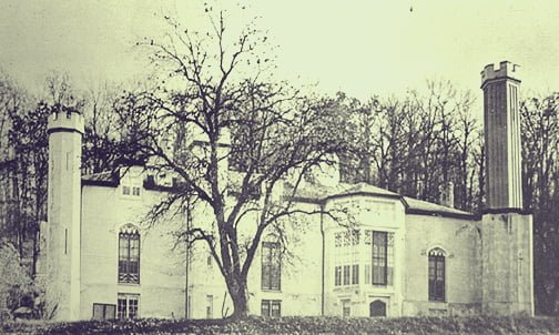 Glen Ellen Castle during its prime. The largest tower was about 63 ft tall. | Image Credit: Baltimore County Public Library
