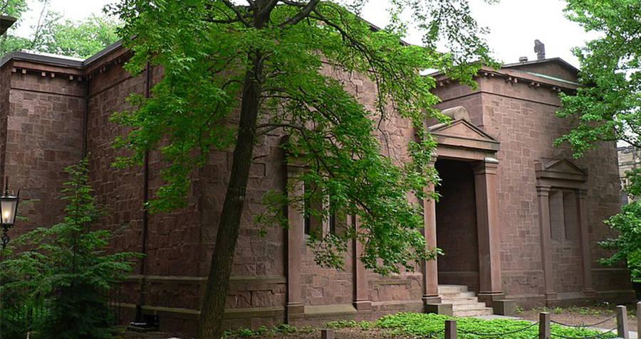 Skull and Bones Tomb Yale University
