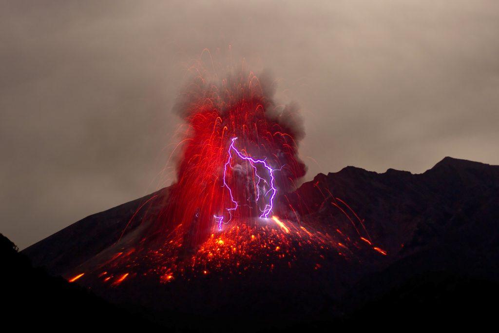 Lightning Volcano Japan