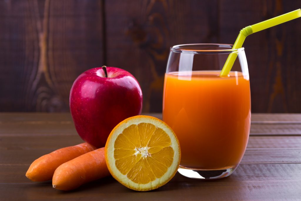 Carrot orange apples juice