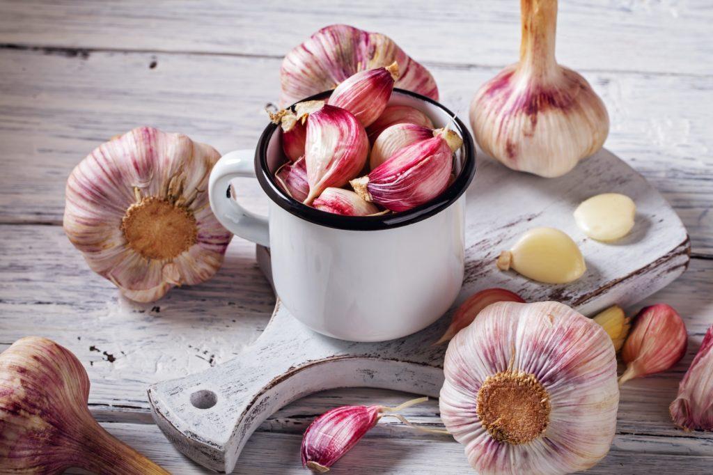 Fresh garlic on table