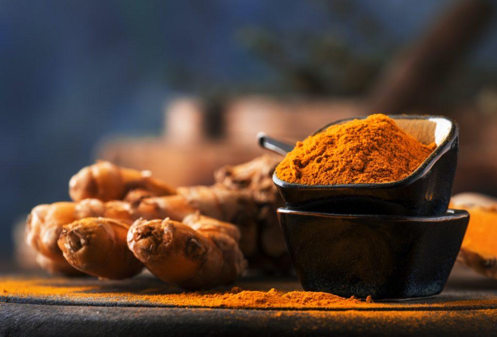 Turmeric powder and fresh turmeric